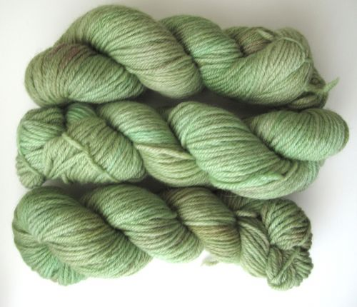 Apples And Pears BFL DK - Sage Green